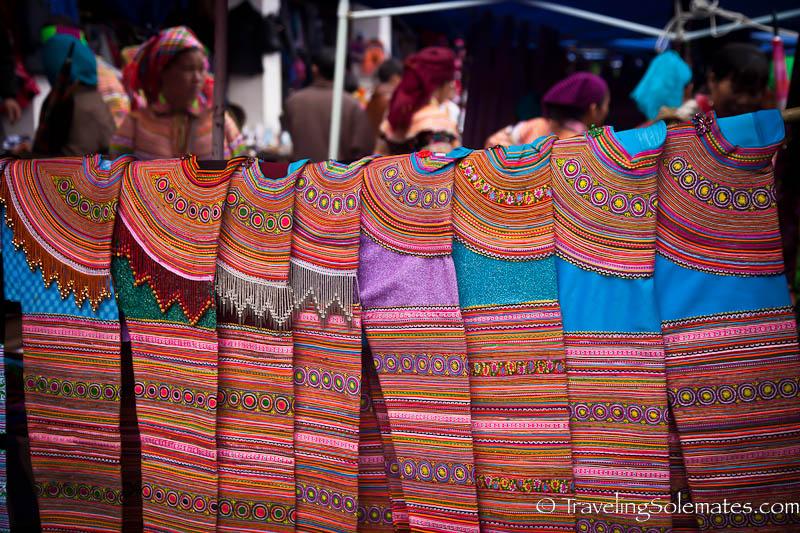06-Flower Hmong Clothes, Bac Ha Market, Vietnam