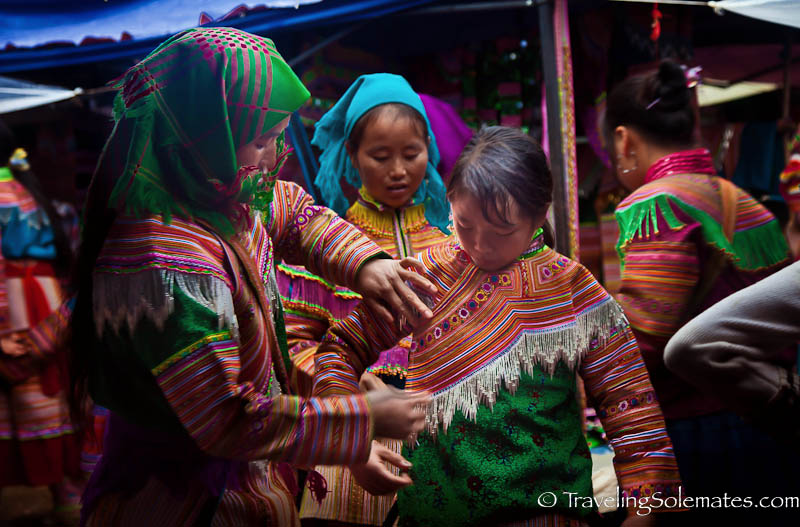 10-Flower Hmong Clothes